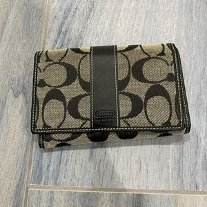 Coach Wallet gently used